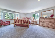1-Tahoe-charm-master-bedroom-with-walk-in-closet