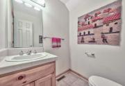 14-Cute-half-bath-downstairs