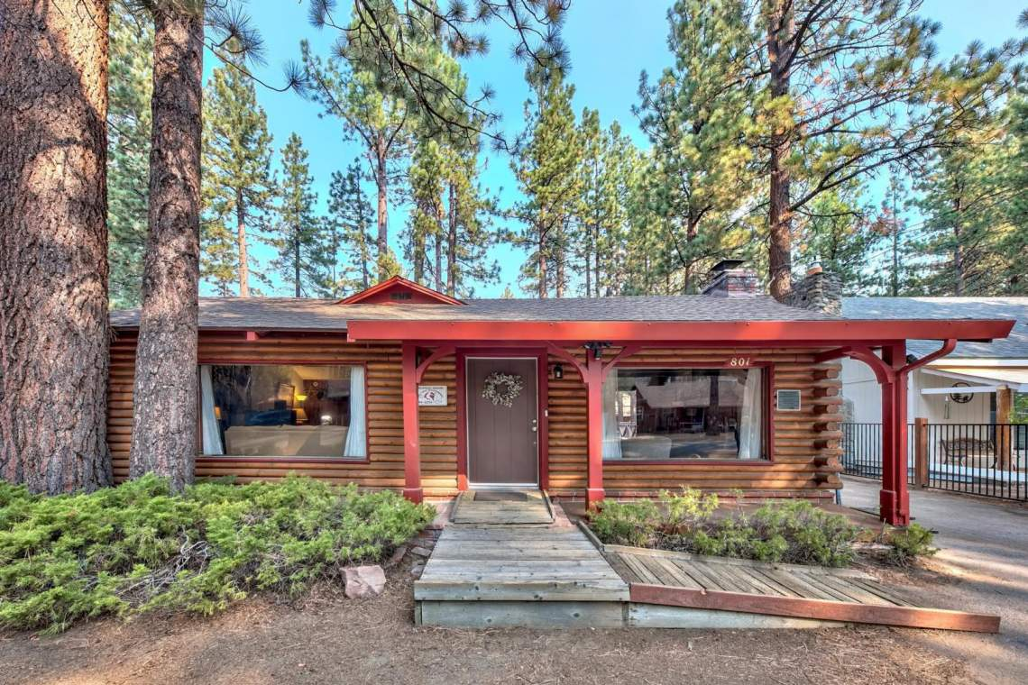 Nestled-in-the-Pines