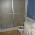 180 Larson bathroom 2