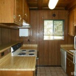 963 Tanglewood kitchen