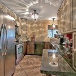 920 Comstock kitchen