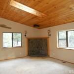 1823 Narragansett living room