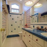 651 Alpine bathroom 2