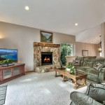 1681 Tionontati living room 2