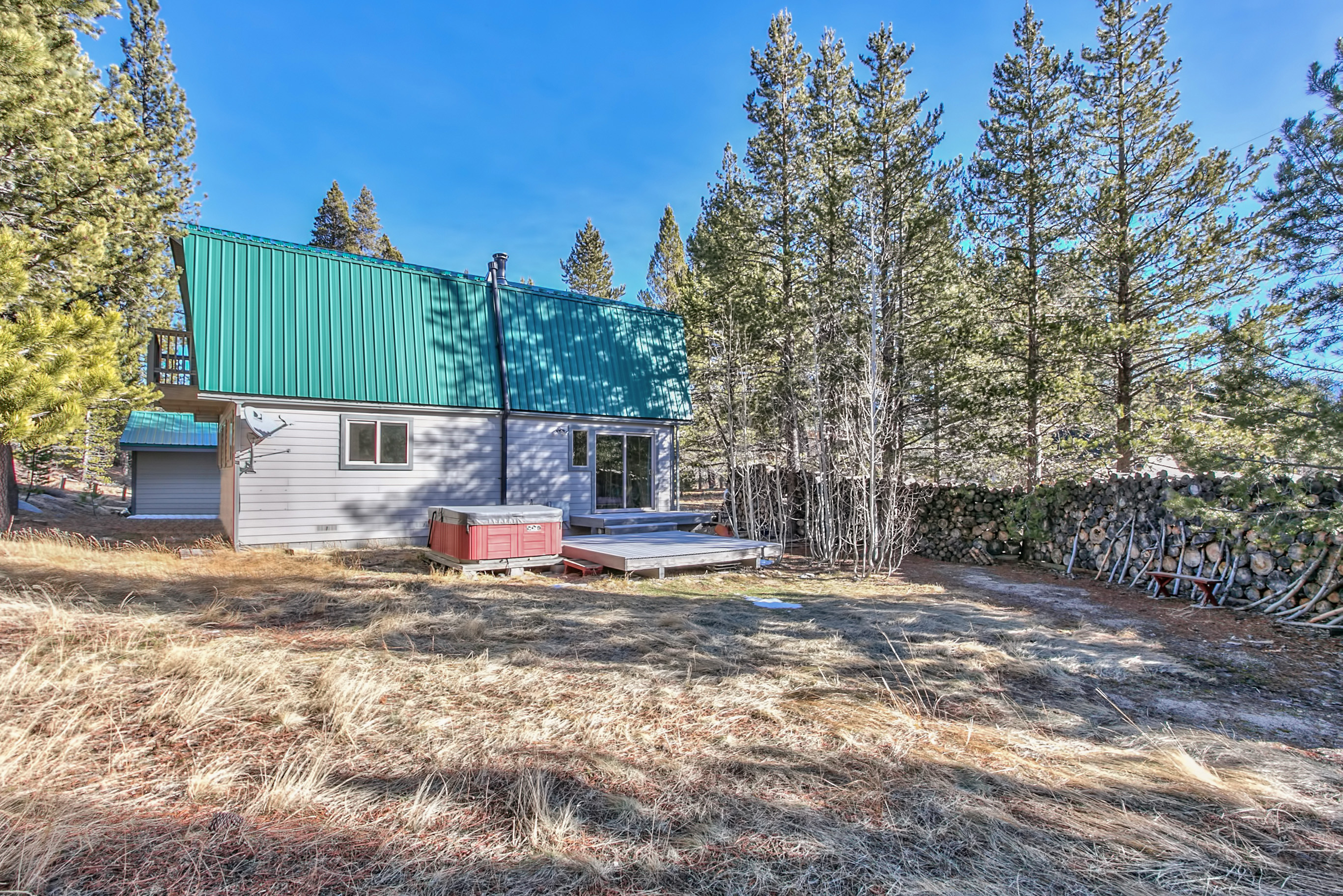 South Lake Tahoe Home For Sale 1140 View Circle Lake